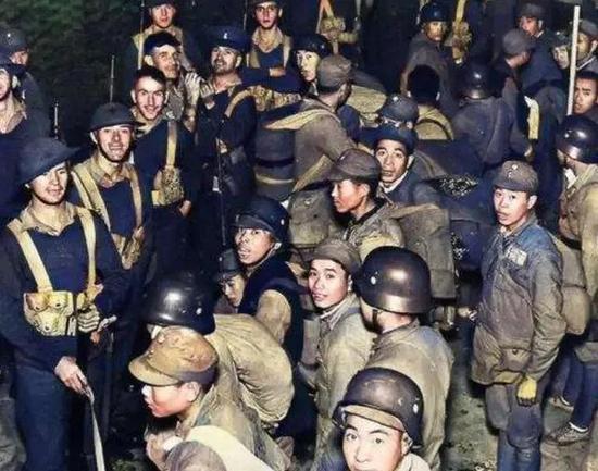八百壮士被骗缴械 子弹达12万发比八路军129师还多
