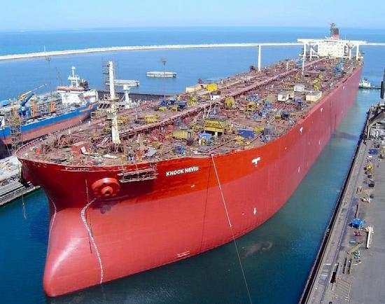 土货船被导弹命中未沉是幸运?若击中水线或断成两截