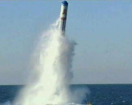 改进型巨浪2导弹或可携7枚4万吨级核弹射程8200公里