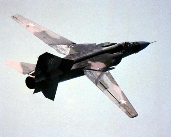 米格23机翼打开