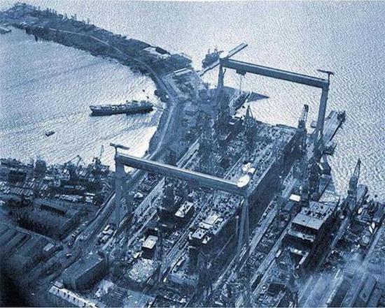 当年的繁忙的船坞