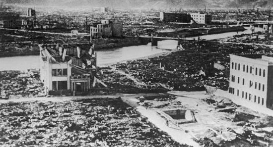 奥巴马:日本不应因遭原子弹轰炸得到道歉