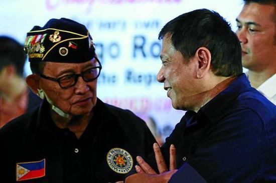 菲警告渔民避开南海争议水域 特使访华为打破僵局