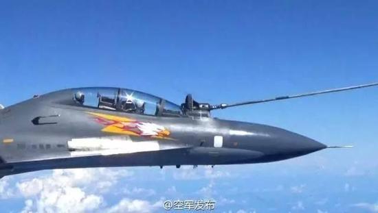 中国王牌战机盼20年终获一秘密武器 空军发威展示新型作战能力