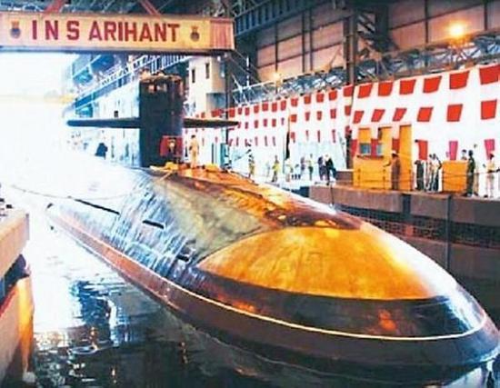 印度开着租来的核潜艇来我周边海域绕圈 被中国发现后还全然不知