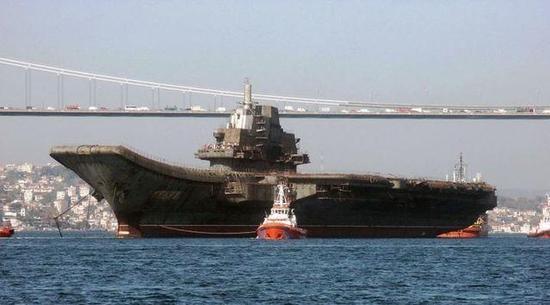 差点就卖给了日本,中国付出什么代价才换瓦良格号航母顺利回国?