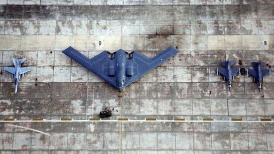 需要什么样?中国空军新一代远程打击轰炸机必须要有几个基本特点