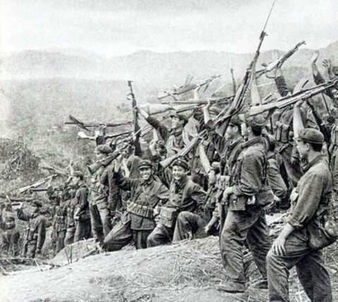 在美国是炙手可热抢手货,中国孤胆英雄用此枪击毙56名越军士兵