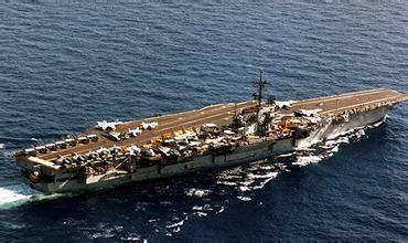 为何一艘中国造柴油潜艇在美军航母身边突然上浮?埃及给美军上课