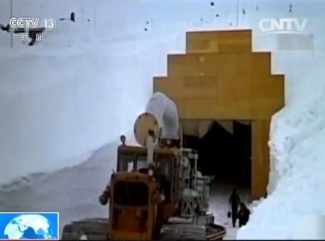 格陵兰岛融冰后露出美国秘密核导弹基地(组图)