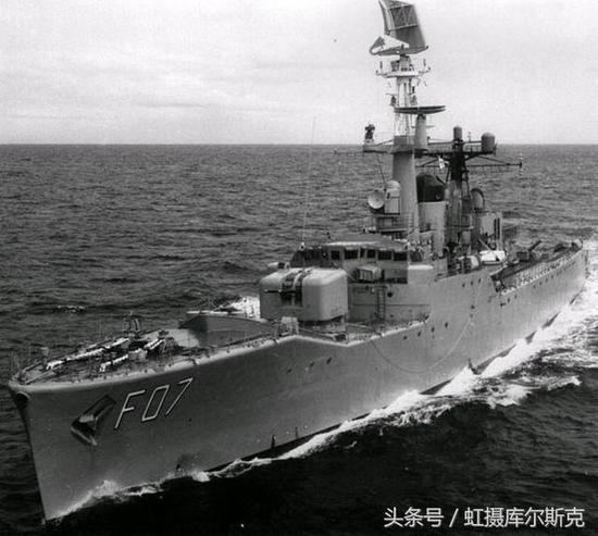 澳大利亚航母曾经很嚣张,在朝鲜轰炸志愿军,在南海忙着运军火