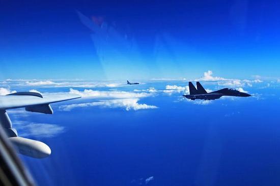 解放军苏30战机已经可挂国产武器,中国破解俄代码令其战力大增