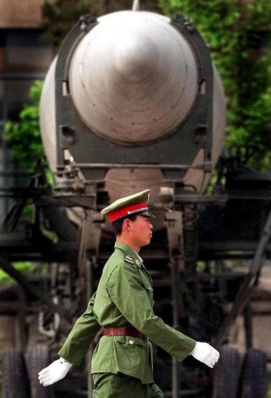 中国最新导弹射程世界第一,飞抵美国纽约只需半小时