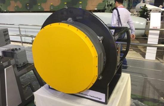 """KLJ7A有源相控雷达让苏30MKI""""哭""""晕在厕所"""