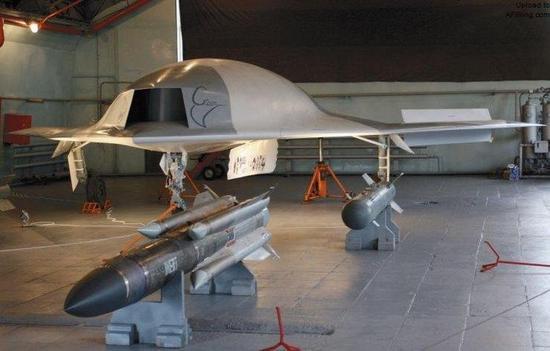 俄罗斯新型隐身无人机可以挂载Kh-31P反辐射导弹