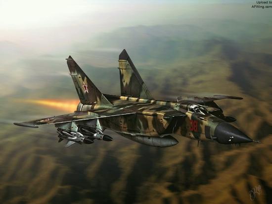 """米格-25BM""""狐蝠-F""""是狐蝠家族最强悍的攻击机,除了使用Kh-58反辐射导弹外,还能直接对敌防空阵地实施核打击"""