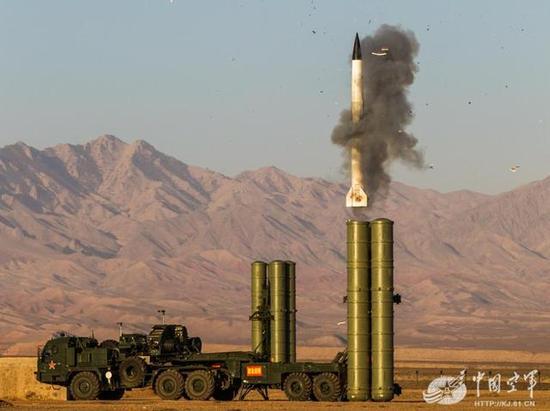 解放军这一先进技术立功 美军电磁脉冲导弹对中国失效