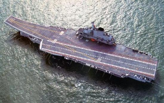 国产航母卫星图曝光 这一改进让其战斗力猛超辽宁舰