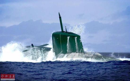 资料图:以色列海军海豚级柴电潜艇