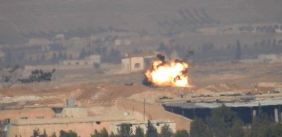 导弹命中后爆炸