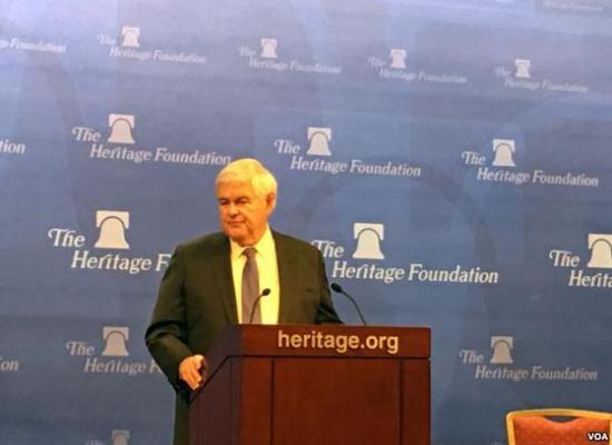 美国前议长纽特·金里奇星期二(12月13日)在华盛顿传统基金会发表演讲。
