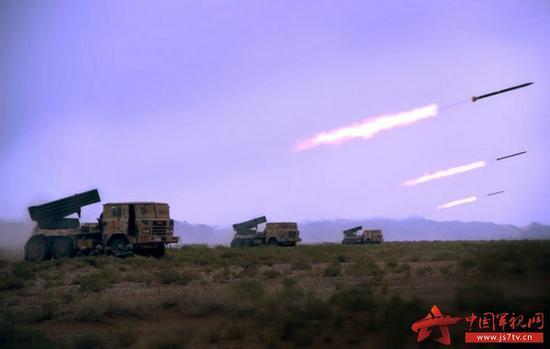 47集团军今年5月演训照片,与军报公布的照片涂装相同