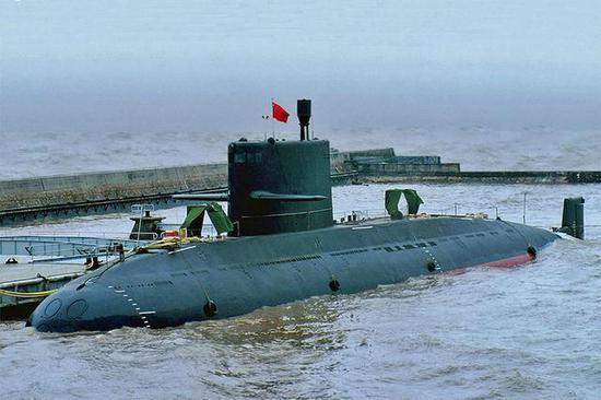 满载3600吨 18枚鱼雷 我军列装超20艘 出口2国11艘