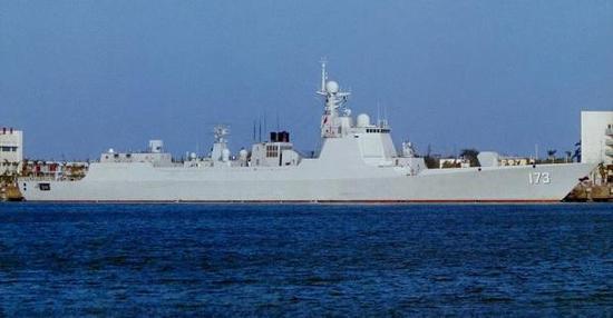 173长沙舰,属于052D型防空导弹驱逐舰,隶属南海舰队