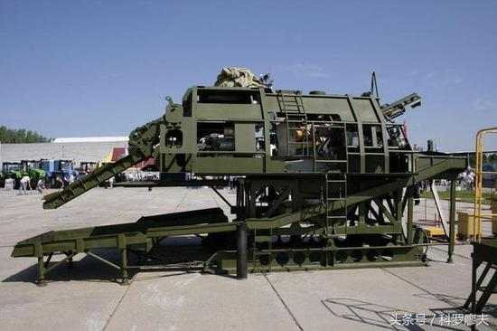 俄罗斯2S19式152毫米加榴炮的训练模拟器。