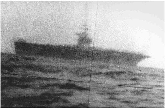 Trung Quốc phản pháo ý kiến muốn thắng tàu sân bay Liêu Ninh, chỉ cần công bố 1 bức ảnh - ảnh 1