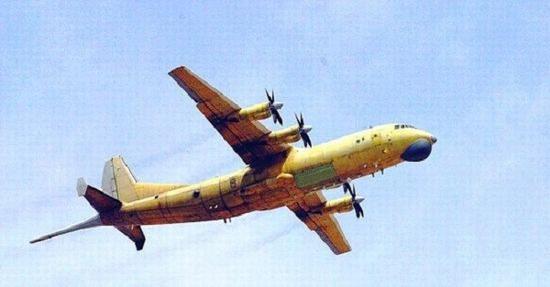 根据海外的资料,中国海军航空兵目前主力反潜飞机是空潜-200,它是在