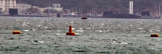 两艘093型核潜艇当中有一艘中国战略核潜艇