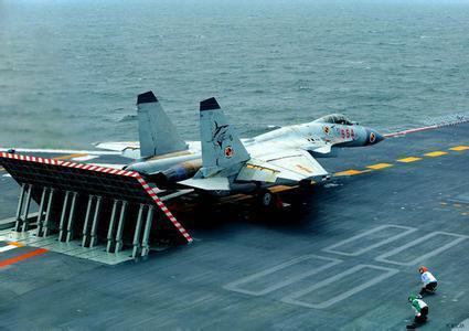 没有弹射器成为提供歼15战机性能的一大阻力