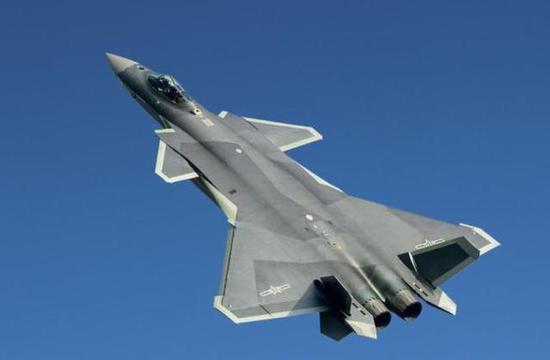 已开始服役的歼-20正在给印度添加更大的战略压力