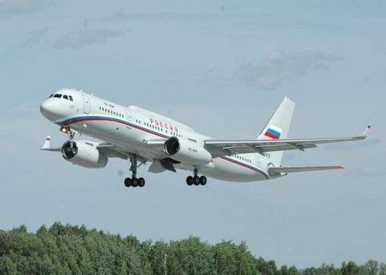 国产大飞机成功首飞 横向对比为c919的开发进度打分
