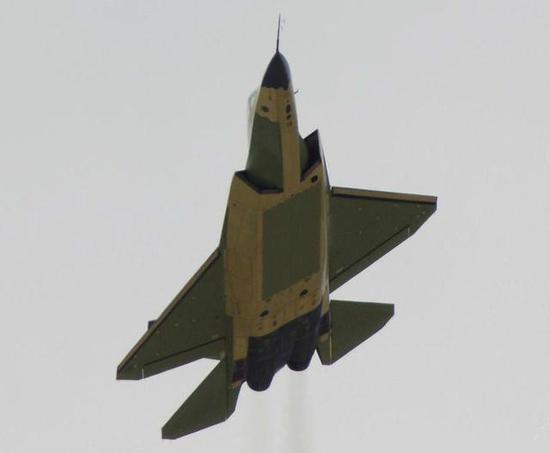 但是却凝聚了日本近年航空技术的精华和重新发展自有