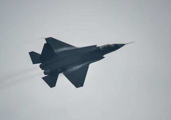 中国FC31战机出口预计售价是多少 比苏35还便