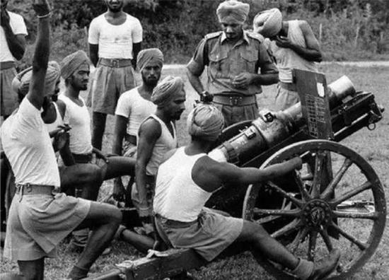 1962年印军炮兵训练