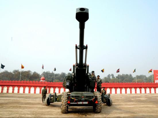 印度国产火炮试验失败竟怪中国 印网民都看不下去了
