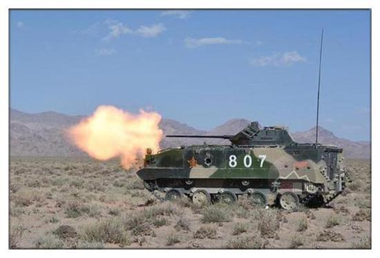 30毫米机炮 也就是够用