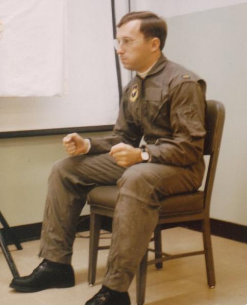 图:练习L-1动作的美军飞行员
