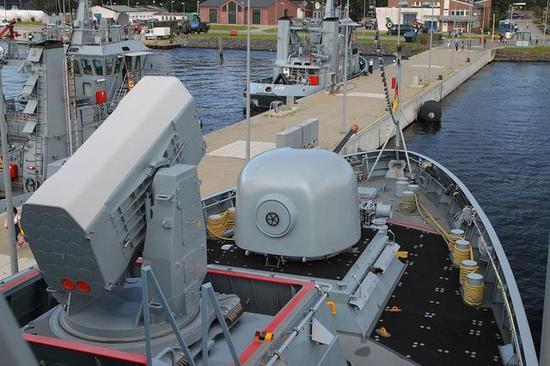 ▲K130有2套21单元的拉姆,防空要比056强一些