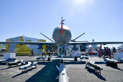 中航收购美国飞机发动机业务