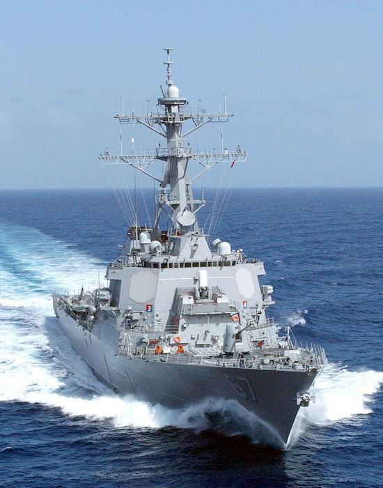 美国阿利伯克级导弹驱逐舰的LM2500燃气轮机就是从J79核心机发展而来