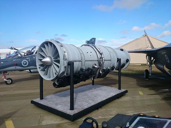 F100-PW-100发动机