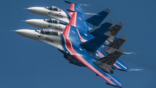 俄罗斯的SU27机群
