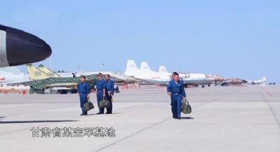 网上出现的中国新一代导弹图片,它可能是中国空军新一代反辐射导弹