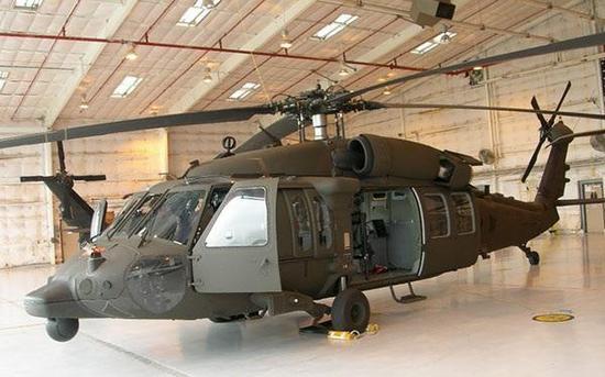 换装电传操纵系统的UH-60M直升机