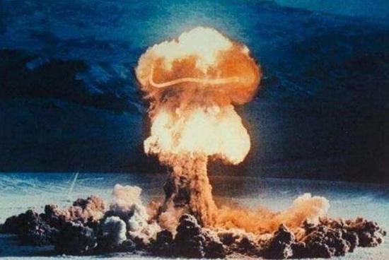 核武器爆炸效果图