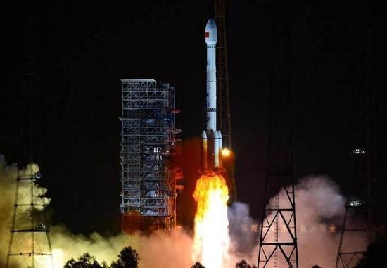 中国也能造火箭了